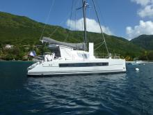 Catana 42 Owner version :  Martinique anchorage